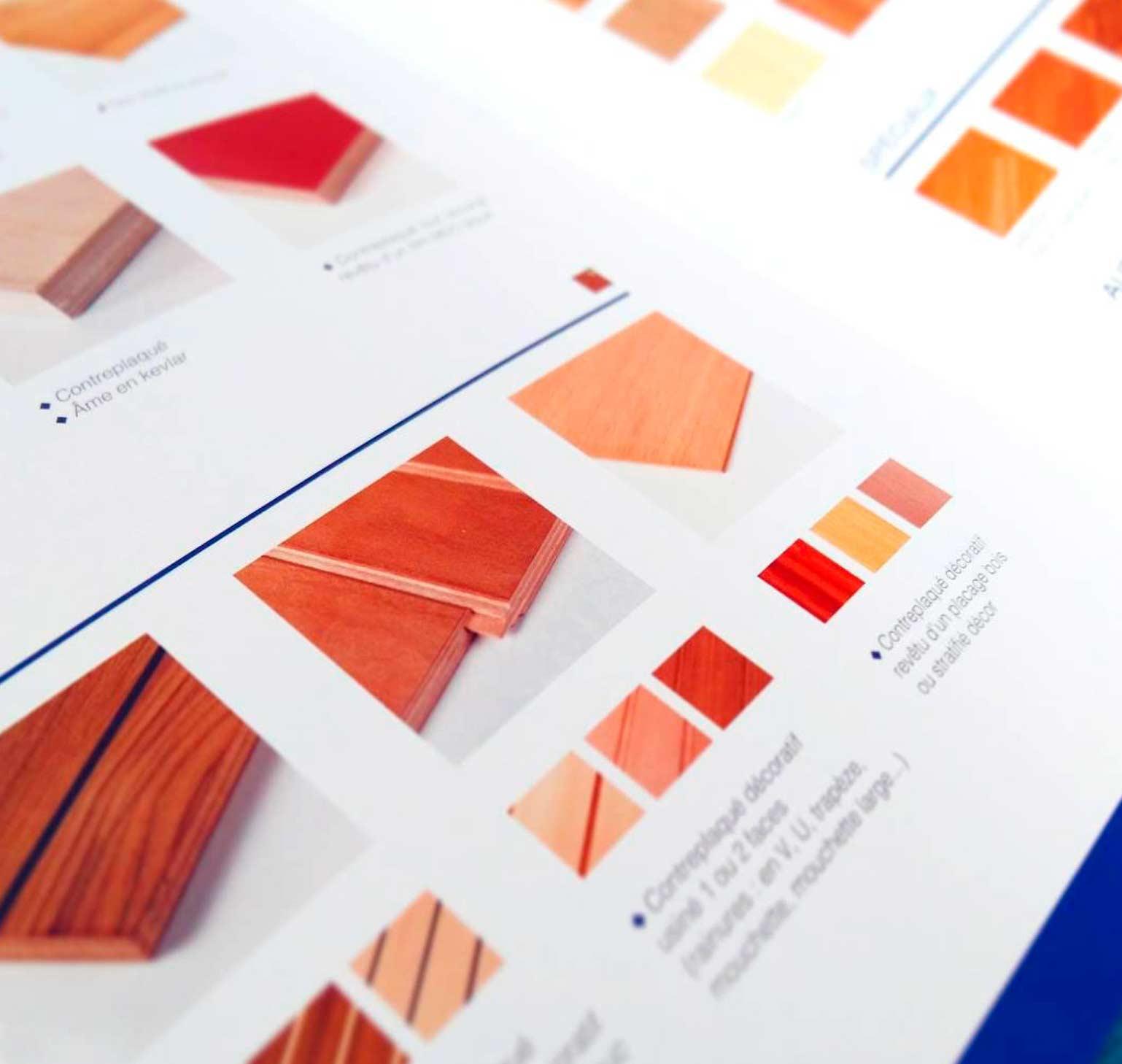 Intérieur de la brochure commerciale pour Toubois, fabricant de panneaux décoratifs et techniques. Par Vanja BASIC.